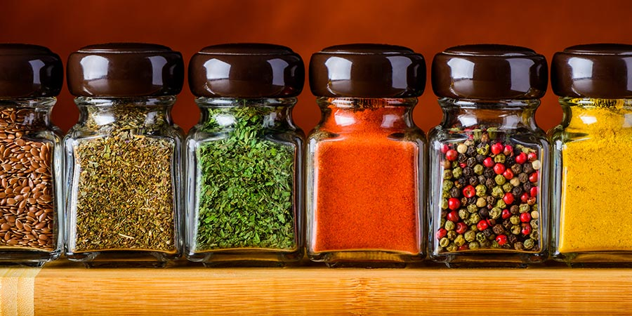 Shake it Up with a Spice Labeling Machine